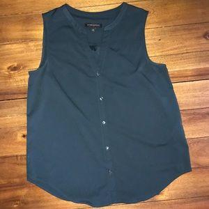 Banana Republic green button sleeveless blouse
